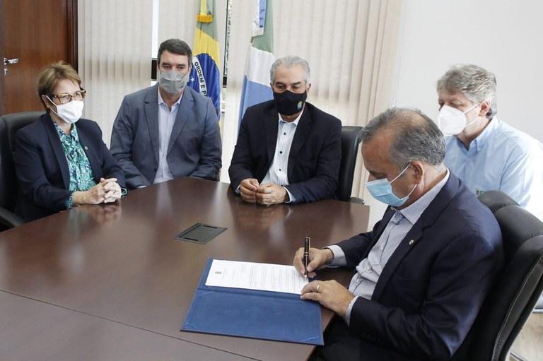 Governo Federal destina R$ 3,8 milhões para auxiliar combate aos incêndios florestais