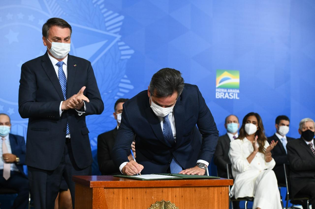 Em cerimônia, realizada no Palácio do Planalto, o ministro reforçou o compromisso de lutar pelo desenvolvimento do Brasil