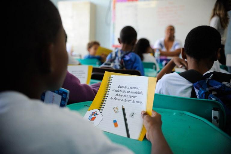 Pdde já repassou R$ 1,2 bilhão para as escolas públicas em 2021