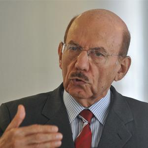 Ministro-chefe da Controladoria-Geral da União entre junho de 2006 e dezembro de 2014