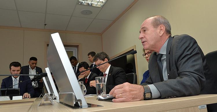 Ministro Fernando Azevedo ressaltou cooperar com o desenvolvimento nacional está entre as missões constitucionais das Forças Armadas