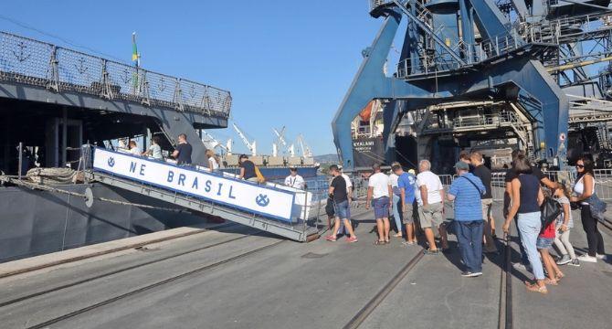 Navio Escola Brasil atracou no Porto de Koper, na Eslovênia