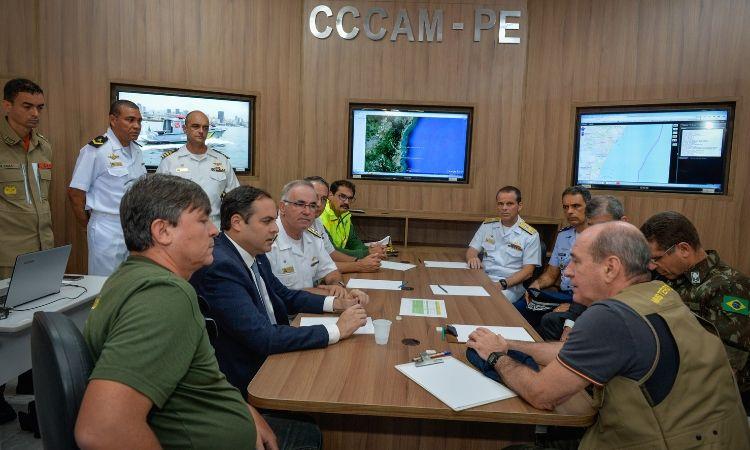 Ministro da Defesa participa de reunião na Capitania dos Portos de Pernambuco com a presença do Governador de Pernambuco Paulo Câmara