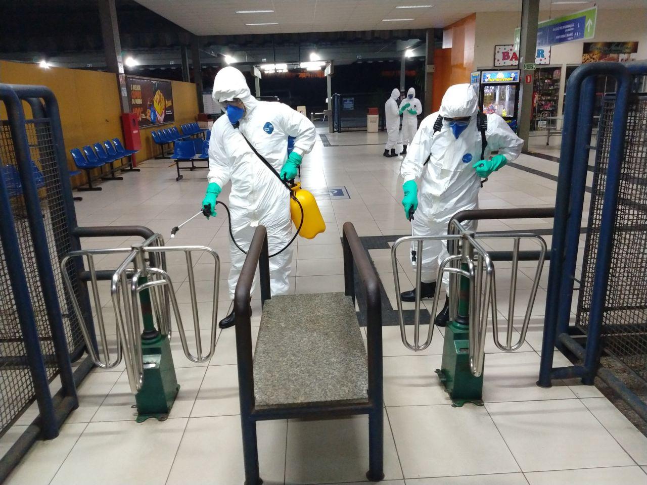 Desinfecção da Rodoviária de Natal, em ação de enfrentamento ao novo coronavírus em locais de grande circulação de pessoas