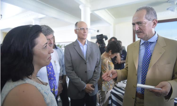 O projeto do aeroporto de Guarujá começou a ser discutido com a Secretaria de Aviação Civil (SAC) e com a FAB, em 2011