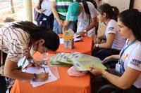 Houve ações sobre higienização das mãos, exibição de vídeos e distribuição de laços de cor laranja
