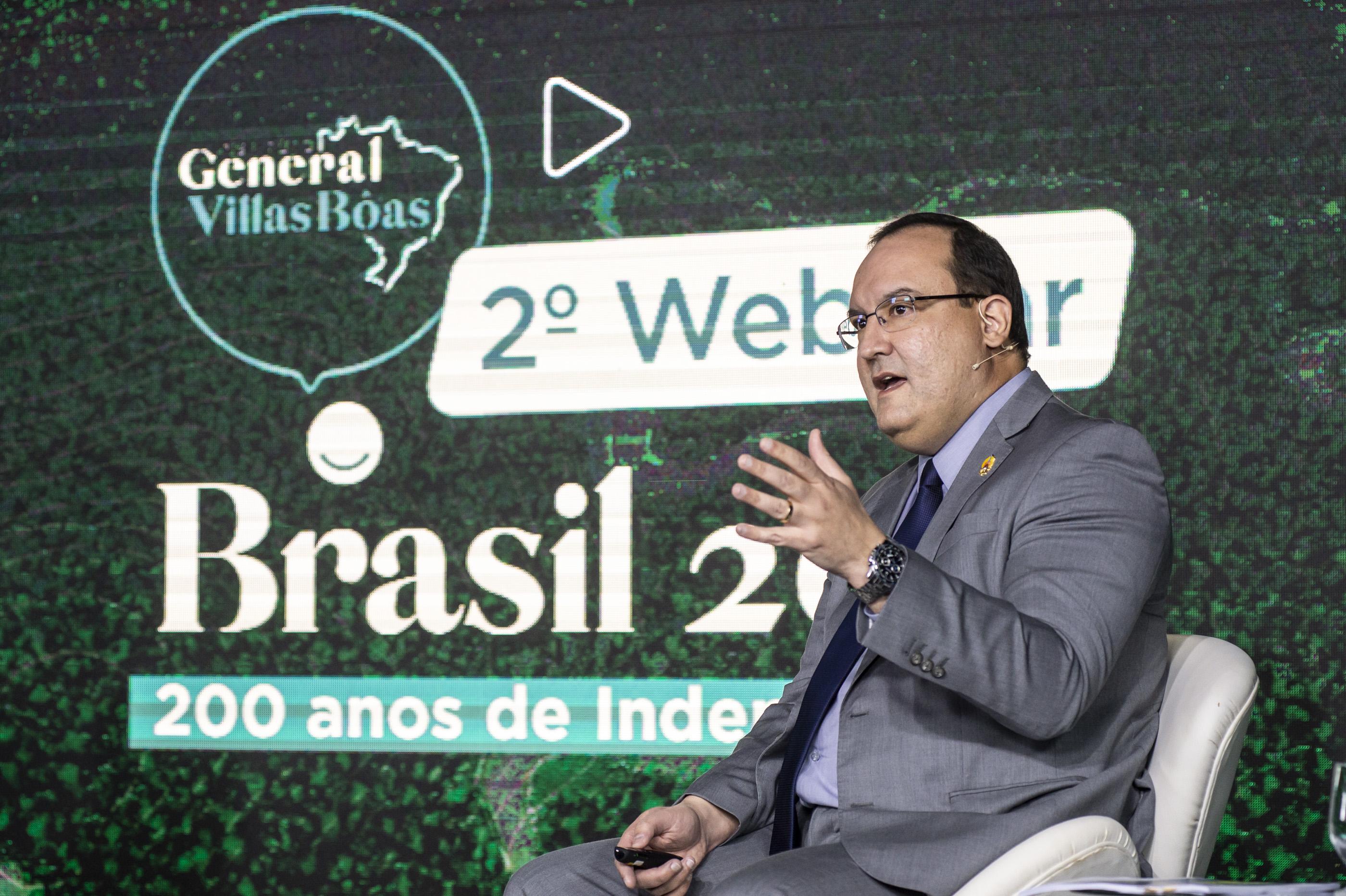 Em webinar do Instituto General Villas Bôas, presidente da Funai destaca uso econômico sustentável de Terras Indígenas