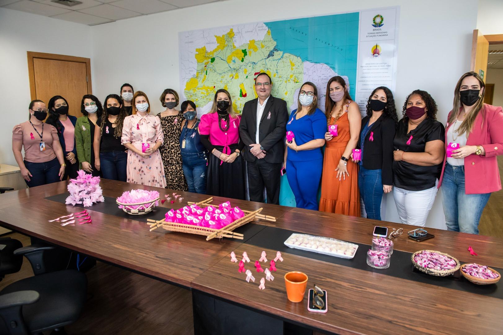 Outubro Rosa: Funai promove ação de prevenção ao câncer de mama