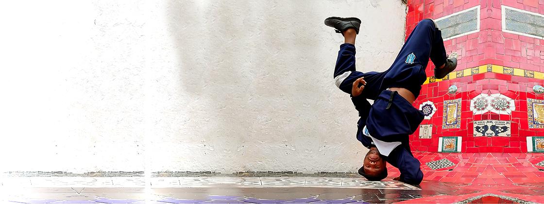 A programação do festival, o Curso 'Dança + Educação + Acessibilidade' e as apresentações musicais continuam
