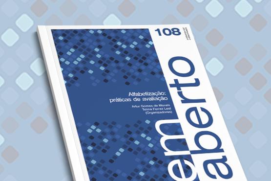 Marcada pela exposição de diversas visões sobre um determinado assunto, a Em Aberto neste número traz estudos e discussões sobre a alfabetização no Brasil. Crédito: Em Aberto/Inep