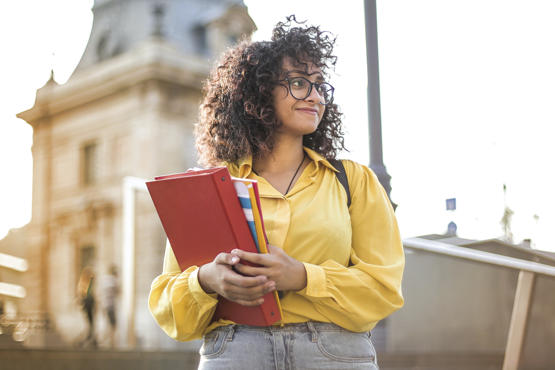 Ao todo, 51 instituições portuguesas possuem convênio com o Inep para aceitarem as notas do Enem em seus processos seletivos. Crédito: Pexels