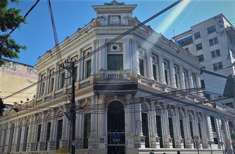 O Centro de Fortaleza possui edificações com arquitetura do século XIX. (Foto: Iphan/CE)