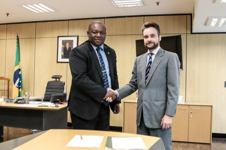 MDH celebra decretos sobre regularização dos territórios quilombolas