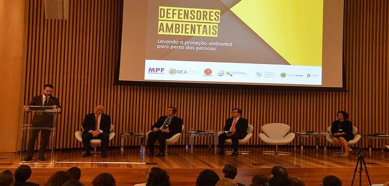 MDH inclui comunicadores e ambientalistas no programa de proteção aos defensores dos direitos humanos