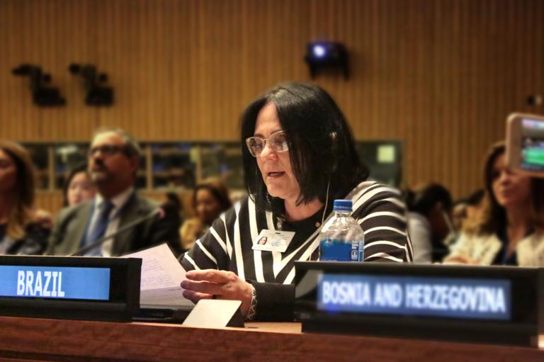 Ministra Damares discute questões referentes ao trabalho doméstico não remunerado, em evento da ONU