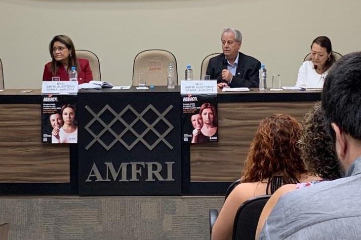 Secretário Antônio Costa participa de encontro de prefeitos em Itajaí/SC