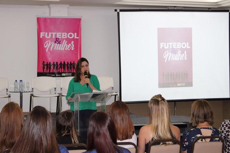 Futebol e mulher