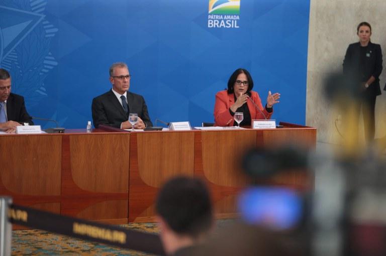 Governo lança canais digitais de atendimento para enfrentamento à violência doméstica durante a pandemia