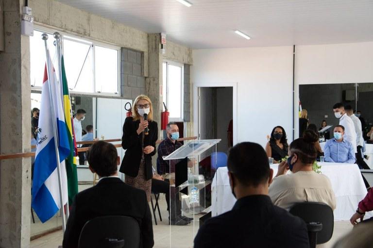A secretária nacional da Família (SNF/MMFDH), Angela Gandra, esteve em Itapoá para falar sobre o Famílias Fortes. (Divulgação/SNF)