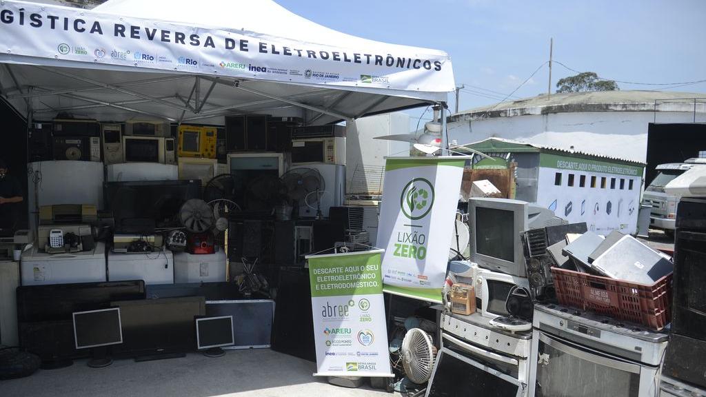 Lançamento do sistema de logística reversa na capital fluminense, que estimula a reciclagem de eletrodomésticos e eletrônicos, marca a celebração do Dia Internacional do Lixo Eletrônico