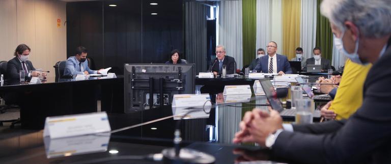 10.02.2021 - CNPE destaca licitação dos volumes excedentes ao contrato de cessão onerosa e diretrizes sobre segurança cibernética no setor elétrico.png