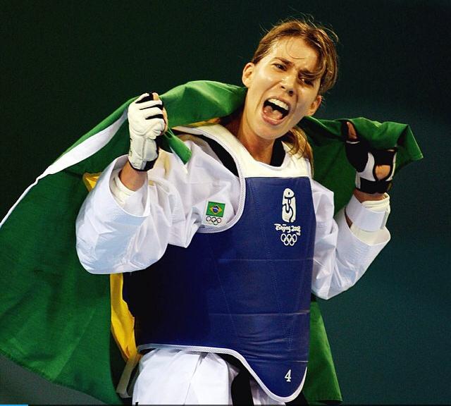 Campeã mundial e medalhista olímpica no taekwondo, Natália Falavigna se integra ao time de Embaixadores dos JEB's