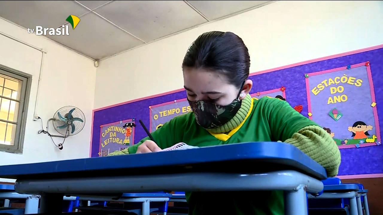 Bagé, no Rio Grande do Sul, tem uma das primeiras escolas cívico-militares do país
