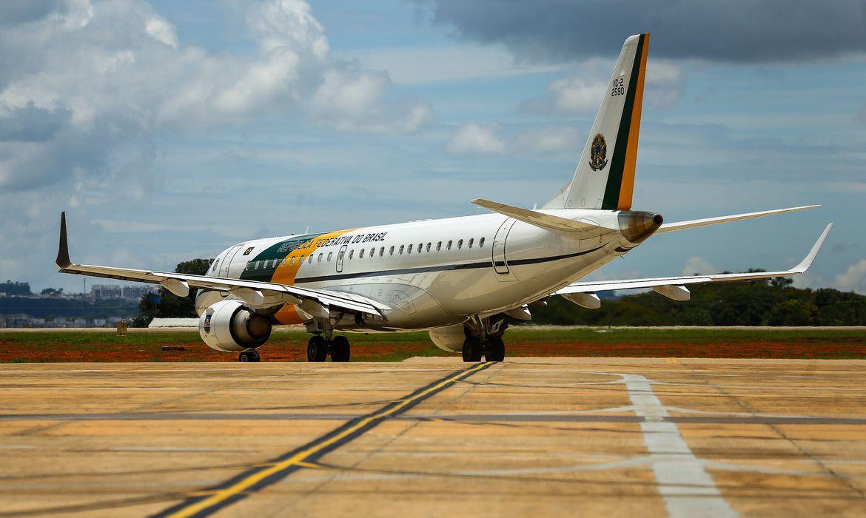 Governo Federal estipula novas regras para uso de aeronaves da FAB