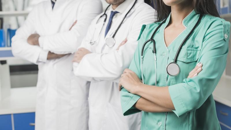 Profissionais de saúde.jpg