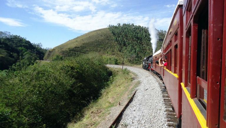 A vista encantadora a bordo do Trem de Guararema. Crédito: ABPF