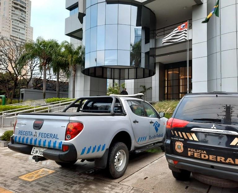 Receita Federal e Polícia Federal deflagram mais três fases da Operação Descarte