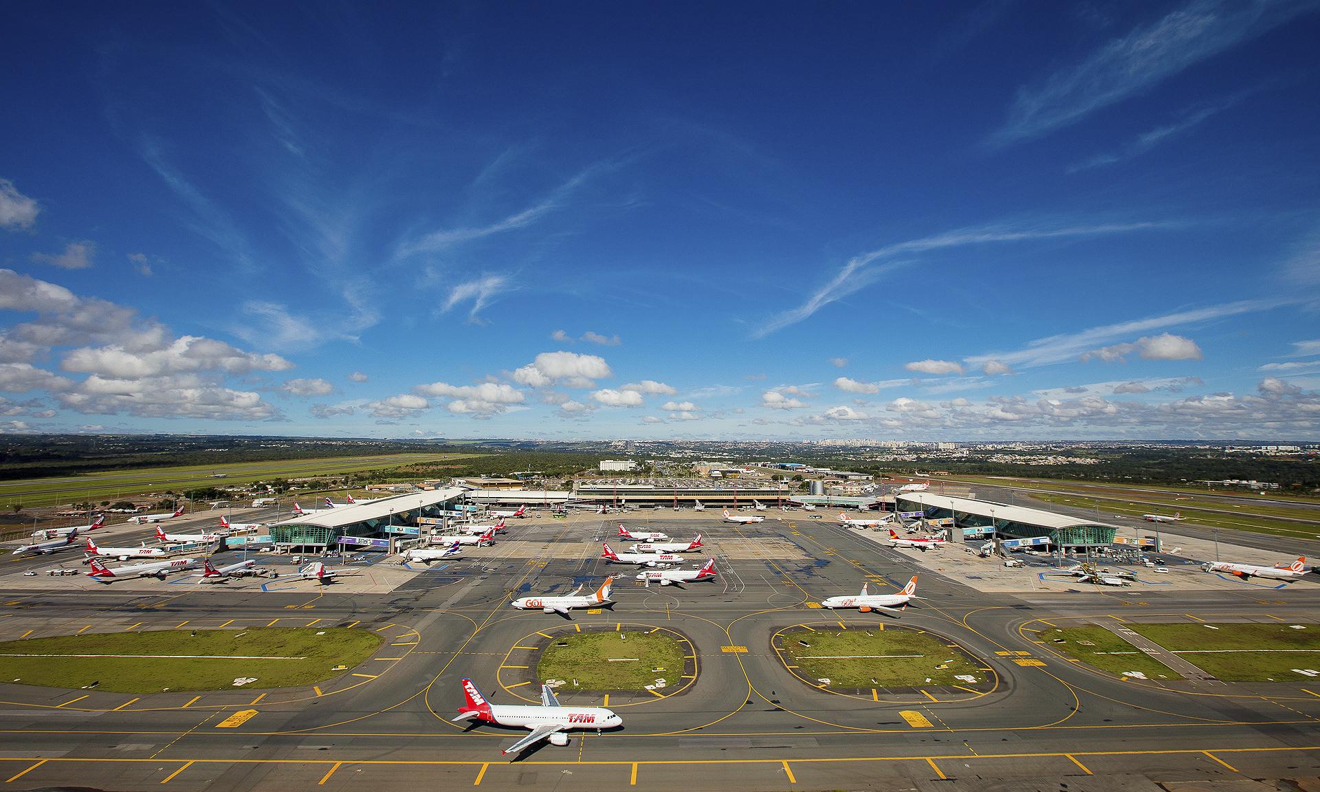 A sanção presidencial beneficia companhias aéreas e usuários do transporte aéreo