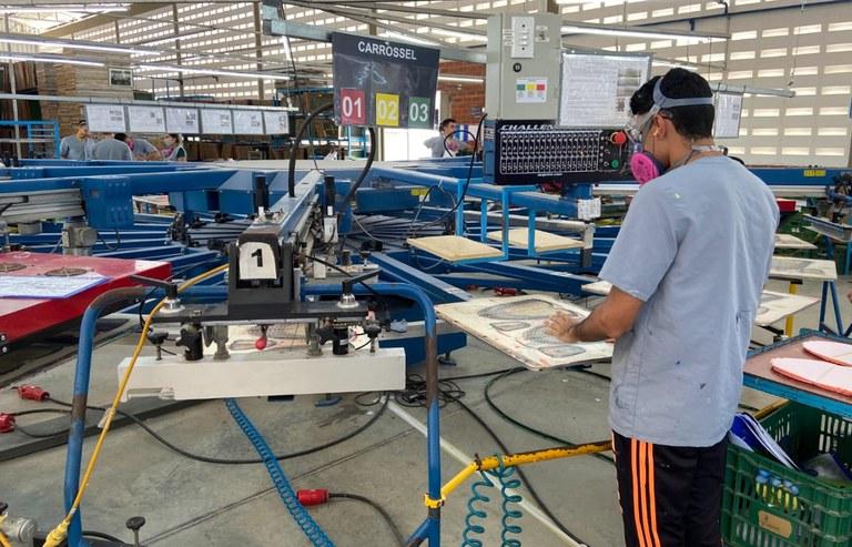 Indústrias incentivas estimulam geração de emprego